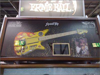 Nigel Tufnell Guitar